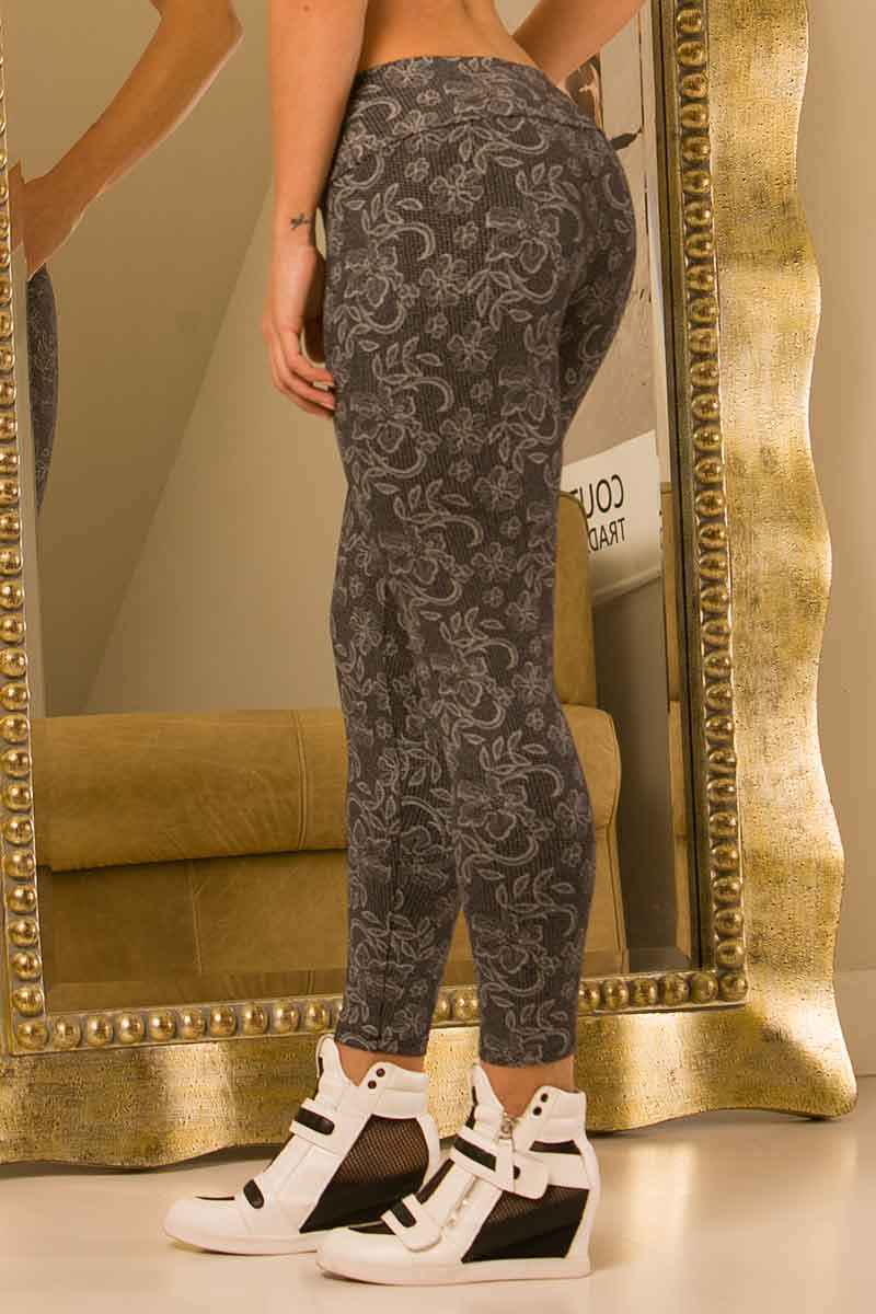 BlueFish Lacy Lady Legging