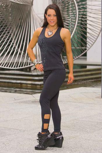 outtake-legging05