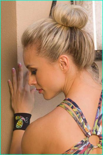 brazillacrystal-wristband09.jpg