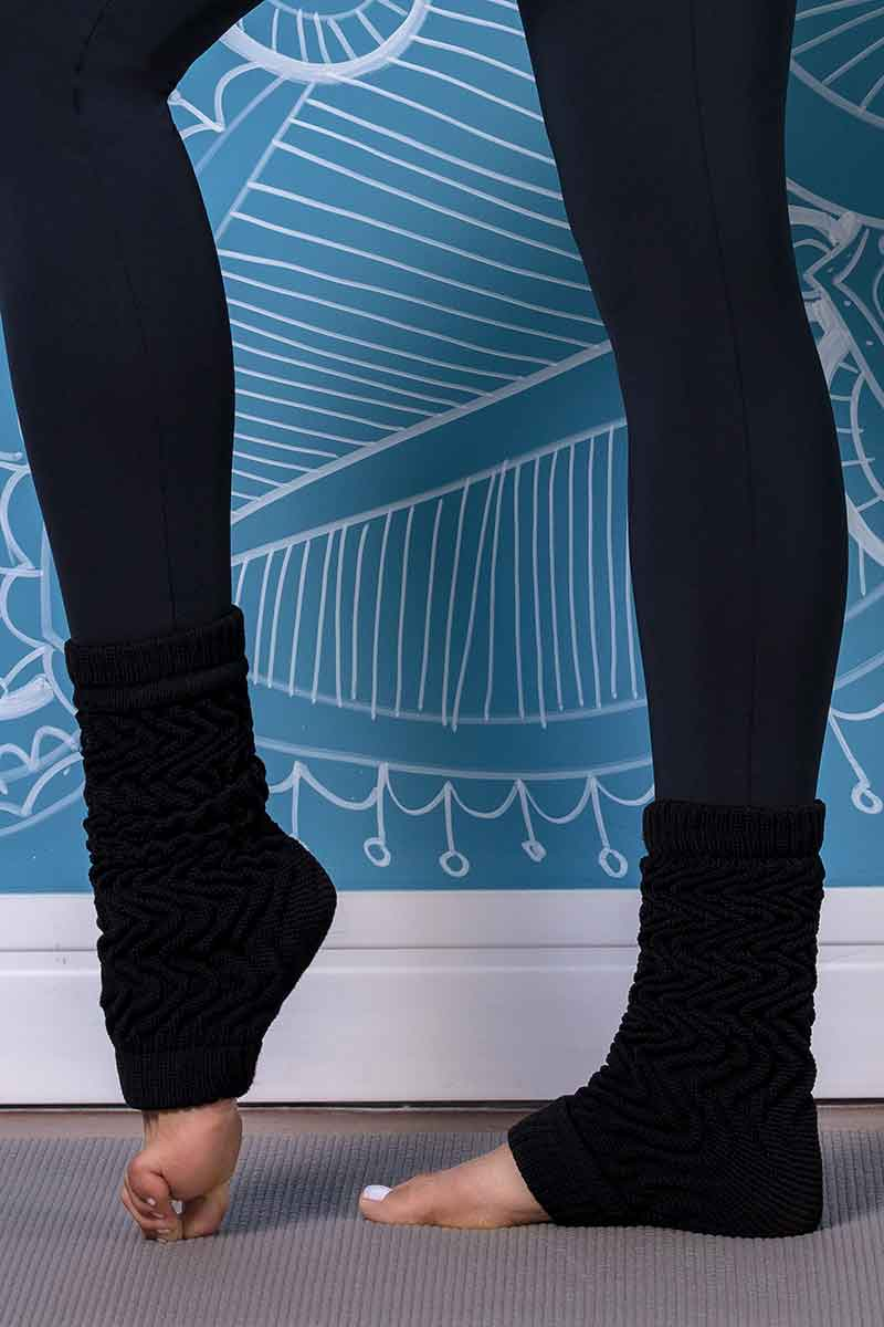 blackyoga-legwarmers01