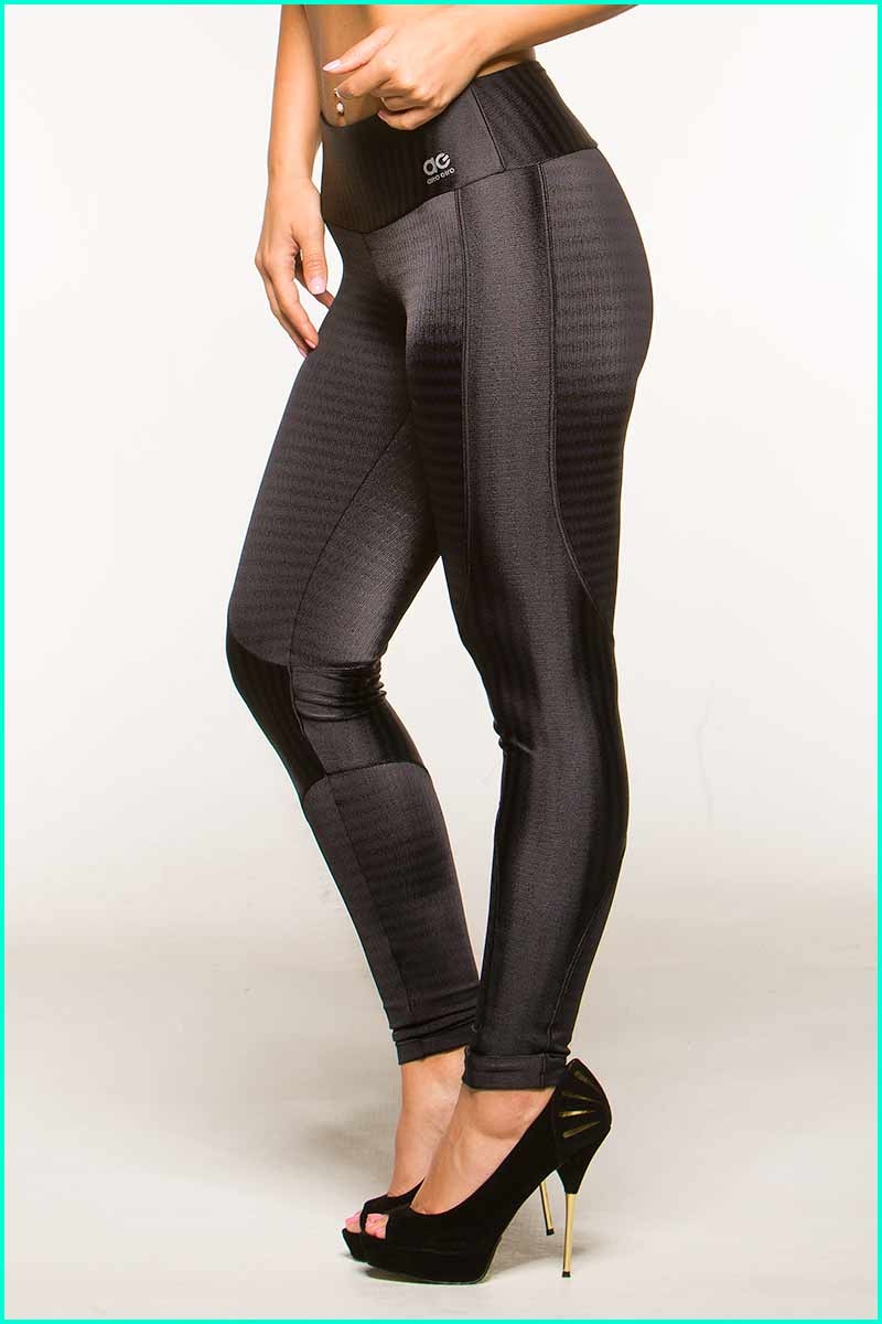 Alto Shadow Stripe Legging