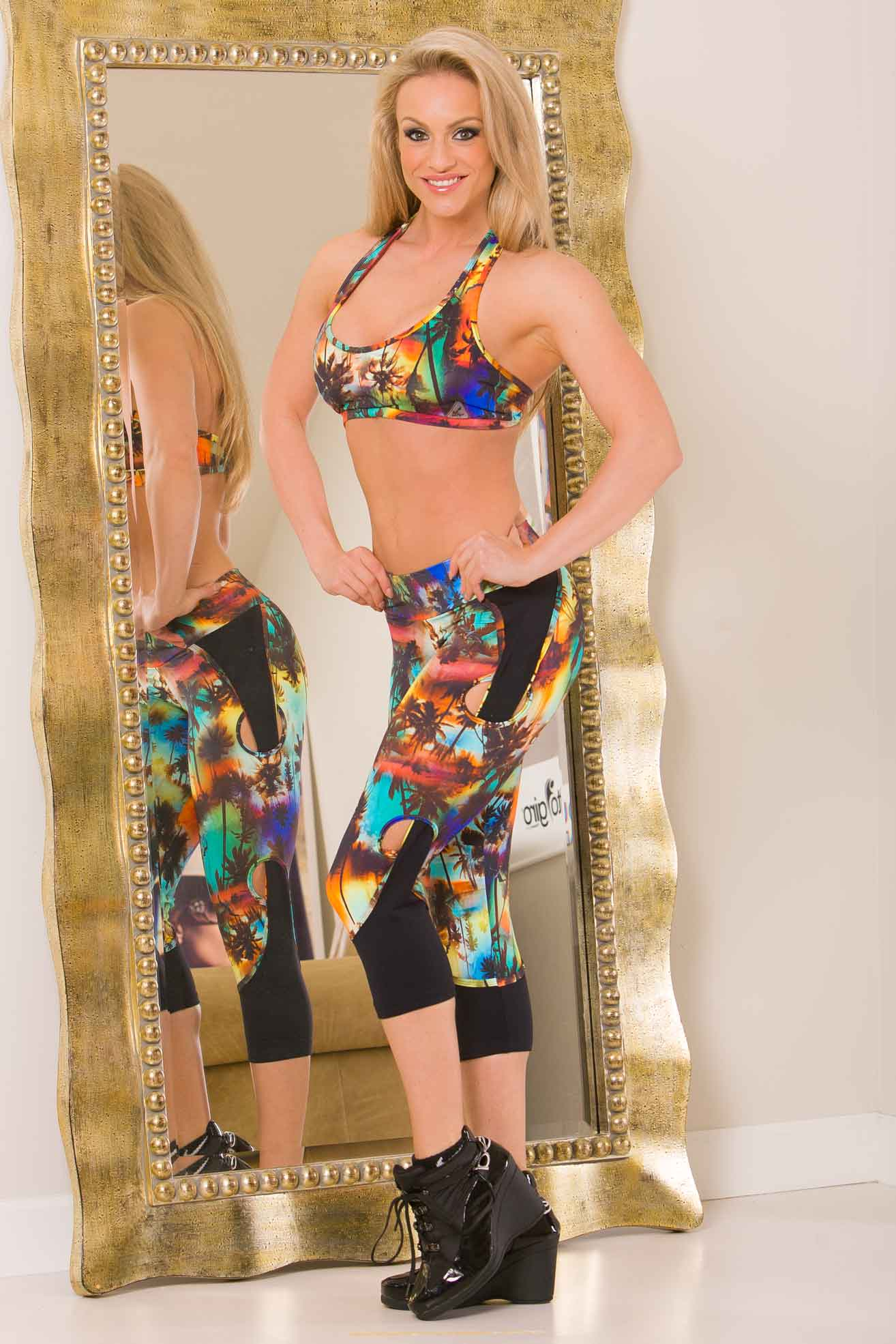 Up Vibe Aloha Cut Out Capri