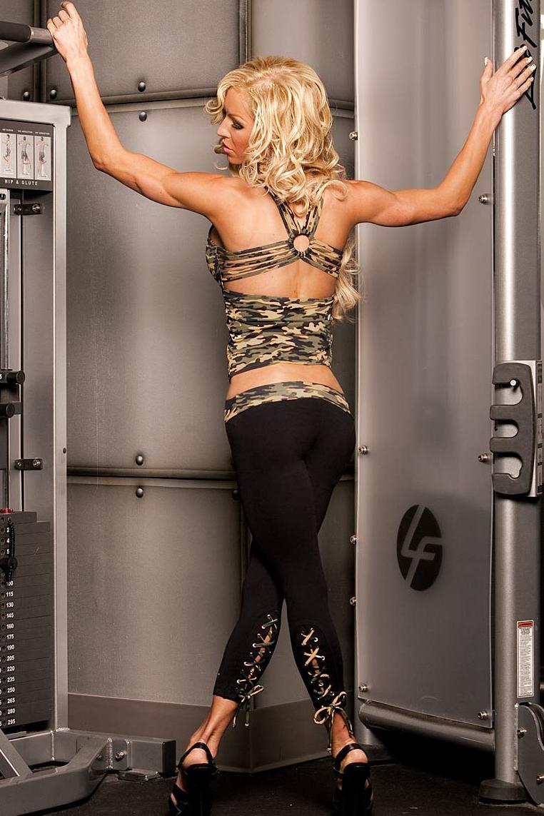 camoracylacy-legging1.jpg